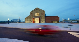 """Grand Large"" gymnasium - Sport architecte studio"