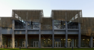 Restaurant for the National rugby center - Stadium architect / Sport architecte studio