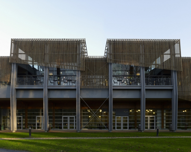 Restaurant for the National rugby center - Sports, cultural and housing facilities architecture studio