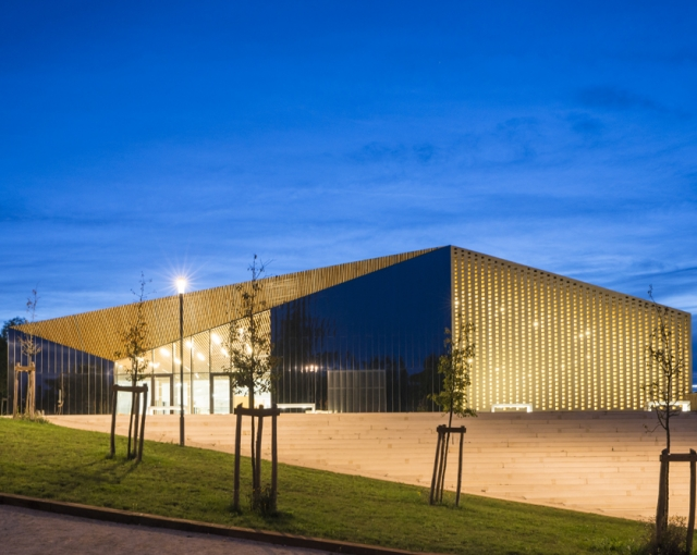 Culture and sports center - Sport architecte studio